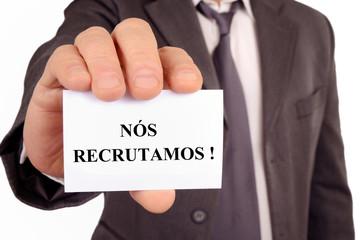 Licenciados em Gestão, Economia, Auditoria, Contabilidade, administração Publica, Comunicação Social e Direito